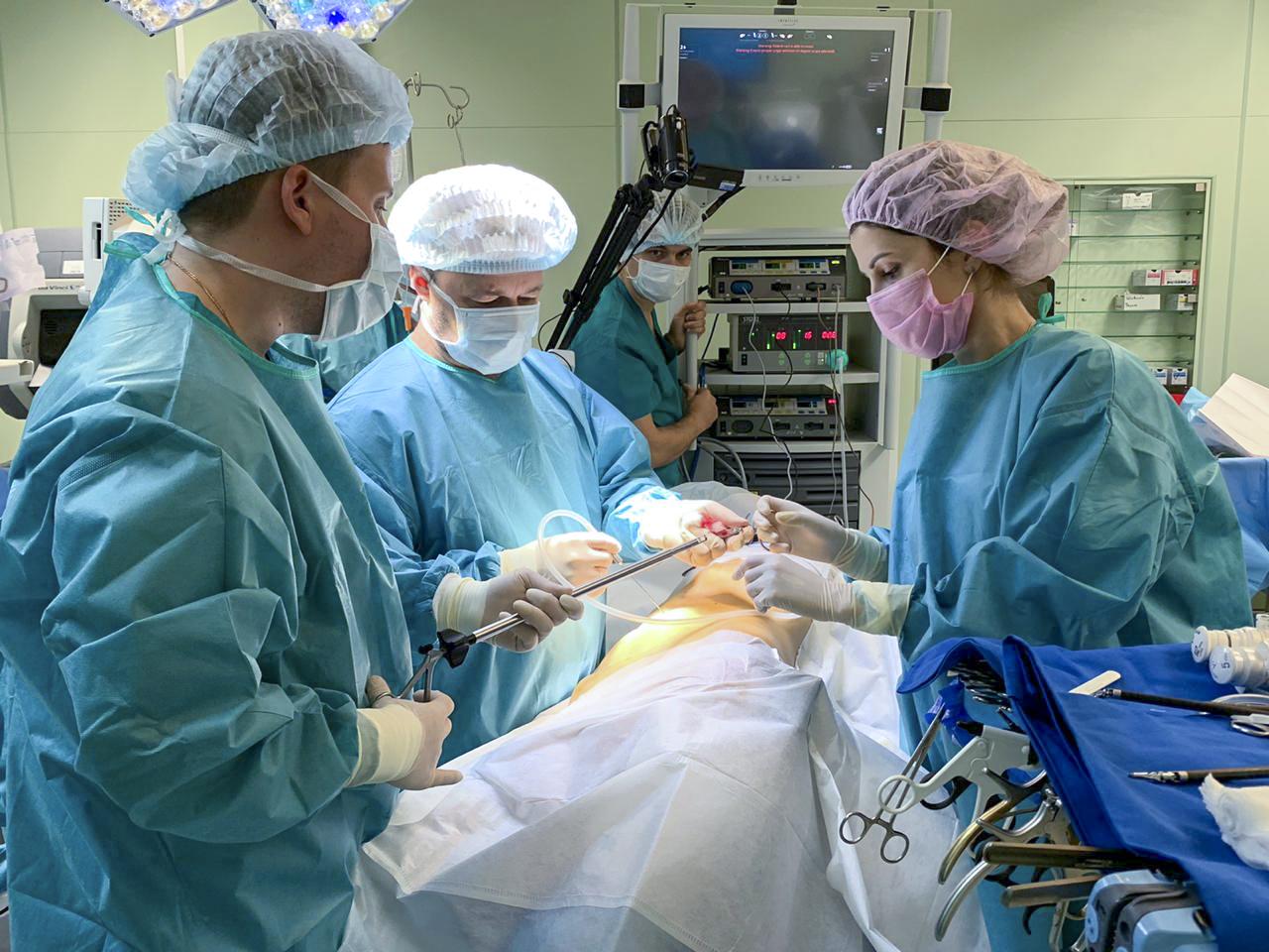 Роботизированная хирургия