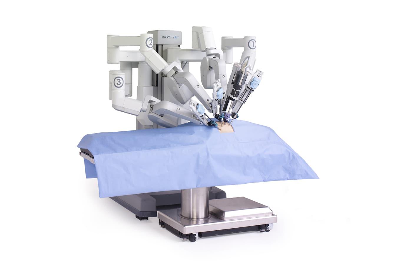 Консоль хирурга робота da Vinci Si