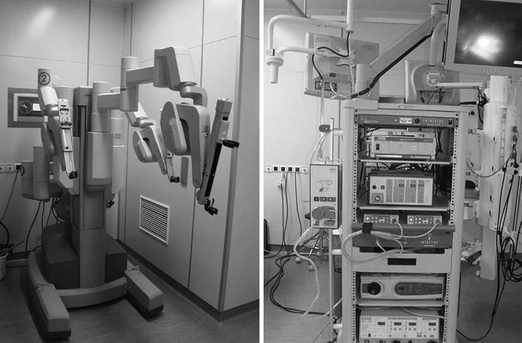 Манипулятор робота da Vinci и стойка пациента